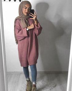 Muslimische Mädchen 17 Trendy fashion winter hijab egypt What Is A Mailfriend? Modern Hijab Fashion, Street Hijab Fashion, Hijab Fashion Inspiration, Islamic Fashion, Muslim Fashion, Modest Fashion, Trendy Fashion, Trendy Style, Winter Fashion