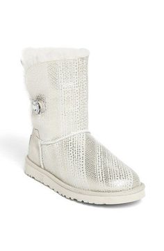BLING button UGGS! Love!