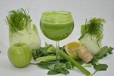 2 Apples, Half a cucumber (peeled), Half a lemon (peeled), half a cup of Kale, Half a cup of spinach, 2-3 Celery stalks, quarter of a fennel bulb, one inch of Ginger (sliced), quarter head of romaine lettuce