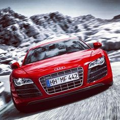 Absolutely stunning! Amazing Audi R8!!