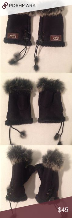 NWOT UGG AUSTRALIA Women's Fingerless Gloves UGG AUSTRALIA Women's fingerless gloves. Very attractive fur trim and lace sides. Brand new and never worn.   Condition: New without tags. Comes  from a smoke-free home.   Material: Sheepskin lined and a faux fur decorative trim Size: 4 inches wide throughout glove   Color: Black UGG Accessories Gloves & Mittens