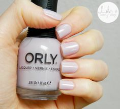 Smalto ORLY Flawless Flush indossato da @El di Like a Candy Shop http://likeacandyshop.com/orly-blush-collection-part-1/