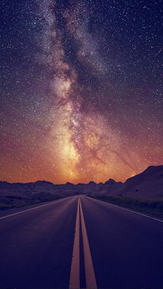 Starry Sky On The Road iPhone 6 Wallpaper Iphone 6 Wallpaper, Galaxy Wallpaper, Phone Backgrounds, Wallpaper Backgrounds, Cellphone Wallpaper, Beautiful Sky, Beautiful Landscapes, Beautiful World, Beautiful Places