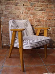 Fotel 366 projektu Józefa Chierowskiego pochodzi z 1962 roku. Pierwowzór wykonano w Dolnośląskiej Fabryce Mebli w Świebodzicach