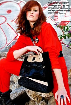 Beautiful MIDGE tan & black leather Medium Tote Bag