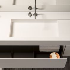 Piet Boon® by COCOON design taps & basins | PB Minimal cabinet White Himacs | PB 11 inox mixer set in brushed stainless steel finishing | bathroom design | minimalist | Dutch Designer Brand COCOON