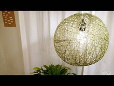 Woven light fixture how to video    Step by step: http://www.instructables.com/id/String-Pendant-Lamp/
