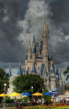 Top 10 Things to do at Walt Disney World in the Rain! (These are some great ideas!)