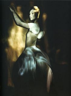Paolo Roversi - Book Libretto - Juin 2000 by naezdok, via Flickr