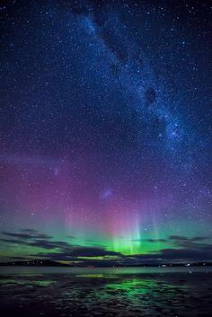 Aurora Australis, 29 June 2013, Mortimer Bay, Tasmania.