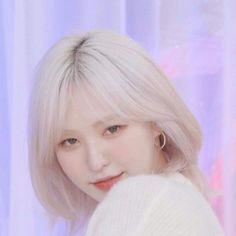 Pin on red velvet Pin on red velvet Kpop Girl Groups, Korean Girl Groups, Kpop Girls, Seulgi, Wendy Red Velvet, Me As A Girlfriend, Girl Crushes, My Idol, Celebs