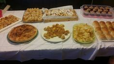 Buffet violetta party!! #sisterbday