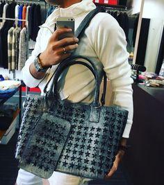 New bag stock in!! 1点だけ遅れて入荷! コレは星スタッズ♩ 毎度即完しちゃうコンフューズのバッグ入荷しました♩ #bag #totebag…