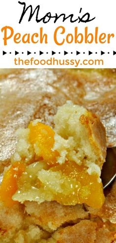 peach cobbler pound cake My Mom has made this recipe for me every year since I was little - it's comfort food at its best and its so easy! Frozen peaches, a cakey cobbler and a Peach Cobbler Crust, Good Peach Cobbler Recipe, Best Peach Cobbler, Peach Cobbler Recipe With Frozen Peaches, Peach Cobbler Dump Cake, Frozen Peach Dump Cake Recipe, Canned Peach Cobbler Recipe With Pie Crust, Desserts With Peaches, Recipes With Peaches