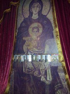 Mother of God exact copy of Holy Mosaic in Hagia Sophia in Konstantinoupolis.It is treasured in the church of Agios Nikolaos in Perama Attica Greece!ΣΩΠΑΣΕ ΚΥΡΑ ΔΕΣΠΟΙΝΑ ΚΑΙ ΜΗΝ ΠΟΛΥΔΑΚΡΥΖΕΙΣ.ΠΑΛΙ ΜΕ ΧΡΟΝΟΥΣ ΜΕ ΚΑΙΡΟΥΣ ΠΑΛΙ ΔΙΚΙΑ ΜΑΣ ΘΑΝΑΙ! Ο ΚΑΙΡΟΣ ΓΑΡ ΕΓΓΥΣ!!!!!