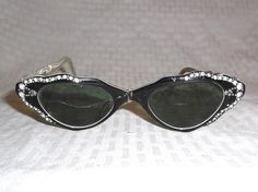 f4debe6a4a8 1950s Vintage Cat Eye Sunglasses with by MyVintageHatShop on Etsy Spy  Glasses