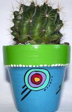 Cactus En Macetas Pintadas A Mano.! Clay Pot Projects, Clay Pot Crafts, Painted Clay Pots, Painted Flower Pots, Decor Crafts, Diy And Crafts, Flower Pot Crafts, Garden Pots, Garden Ideas