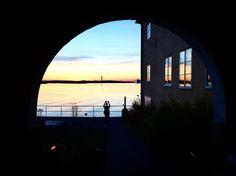 """42 gilla-markeringar, 2 kommentarer - Maria Sånge (@mariasange) på Instagram: """"Fotografen #ekensdal #zelljari"""" The 4, Marina Bay Sands, Building, Instagram Posts, Travel, Photographers, Pictures, Voyage, Buildings"""