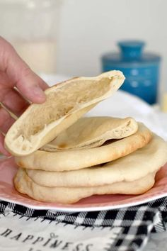 Sourdough Pita Bread is actually quite easy to make. Using sourdough starter instead of yeast extends the time, but it's mostly hands-off. The payoff is a big boost in flavor and an amazing texture. #homemade #no yeast #best #from scratch #recipe #easy Sourdough Pita Bread Recipe, Sourdough Starter Discard Recipe, Sourdough Recipes, Bread Recipes, Cooking Recipes, Dough Starter Recipe, Starter Recipes, Pan Arabe, Pain Pita