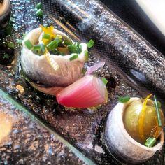 Boquerones con aceitunas rellenas de vermut en Ciro Restaurant