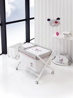 www.noonos.com € 149.95.-   Wieg inclusief dekbed & matras, Wiege mit bettwasche & matrazten Crib with bedding & matras # wieg, #wiege, #crib, #decoratie, #decoration,#inspiratie, #kinderkamer, #babykamer, #kado, #inspiration, #nursery, #babyroom, #childrensroom, # cadeau, #gift, #christmas, #idee, # idea