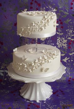 Two Tier Wedding Cake Images Wedding Cake Two Tier, Wedding Cake Images, Vegan Wedding Cake, Floral Wedding Cakes, White Wedding Cakes, Wedding Cakes With Flowers, Cool Wedding Cakes, Beautiful Wedding Cakes, Wedding Cake Toppers