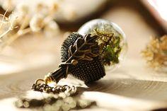 Real moss acorn necklace, dried plant necklace , acorn locket , gift from Ireland , terrarium jewellery , woodland terrarium , green pendant