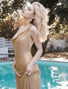 Photography:Miguel Reveriego Styled by:Belen Antolin Hair:Christian Wood Makeup:Christian Wood Actress: Nicola Peltz