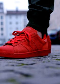c6537dcd2e136 132491030863 - adidas superstar rt triple red via Street Outfit