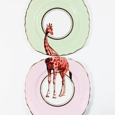 These beautifully unique plates. | 27 Things You Need If You Love Giraffes