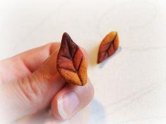 Autumn leaf earrings Nature jewelry Recycled earrings by Sognoametista