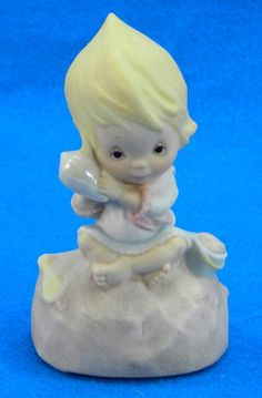 Betsey Clark Beach Shell Music Box by QueeniesCollectibles on Etsy, $14.99