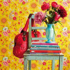 Pip Studio Behang Flowers in the mix geel