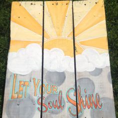 Hand painted pallet sign. $60.00, via Etsy.
