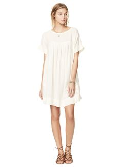 We love whites and neutrals in the summer-time, especially this Off-White Dress from @HatchCollection! #maternity #style