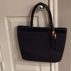 Adorable Black Talbots Tote Adorable Talbots Tote. Zipper pocket inside and separate area to hold cell phone. Lots of room for storage. Great condition. Talbots Bags Totes