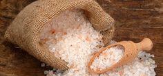 How to Stop a Migraine Instantly With Himalayan Salt Sea Salt Benefits, Celtic Sea Salt, Positive Attitude, Natural Medicine, Feng Shui, Free Food, Positivity, Danger, France