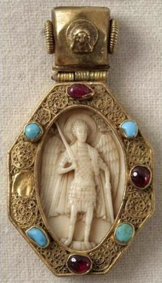 Archangel Michael. Pectoral icon  Date (century): Late 15th – early 16th century