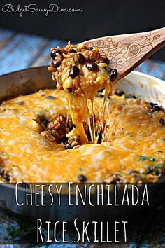 Cheesy enchilada skillet, looks yummy Mexican Dishes, Mexican Food Recipes, Vegetarian Recipes, Dinner Recipes, Cooking Recipes, Ethnic Recipes, Rice Recipes, Budget Cooking, Vegetarian