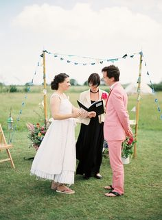 Outdoor ceremony (Polly Alexandre)