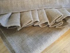 burlap runner tutorial