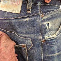 The Rising Sun Mfg. vintage styling at it's very best. This brand is also The Typehunter's dream job. Denim Art, Denim Ideas, Raw Denim, Best Jeans, Colored Denim, Vintage Denim, Denim Fashion, Jeans Style, Rising Sun