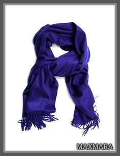 セレブ多数愛用★MaxMara(マックスマーラ)★Nazione scarf 最高級のカシミヤ100%を使用し、巻き心地にもこだわっています! 裾部分の繊細なタッセルが素敵なアクセント♪