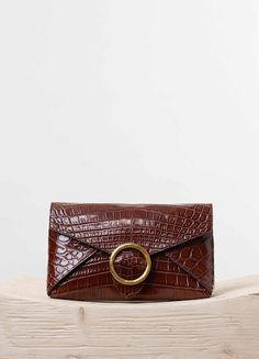 Crease Evening Clutch on Chain in Brown Crocodile