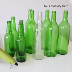 - Bottle Crafts - Creative Ideas - Glass Bottle Home Decor Creative Ideas - Glass Bottle Home Decor. Glass Bottle Crafts, Wine Bottle Art, Painted Wine Bottles, Diy Bottle, Bottles And Jars, Decorative Glass Bottles, Diy With Glass Bottles, Decorating With Wine Bottles, Decorate Wine Bottles