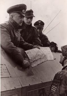 Field Marshal Walter Model, the newly appointed commander of Army Group North Ukraine, brief with a SS-Sturmbannführer from Hohenstaufen Division on the relief operation of Ternopol (Ternopil). Luftwaffe, Walter Model, Ukraine, Warsaw Uprising, Leadership Abilities, Lead Soldiers, The Garrison, Field Marshal, Major General