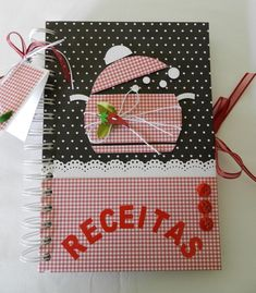 Caderno de RECEITAS Cute Crafts, Diy And Crafts, Paper Crafts, Scrapbooking, Scrapbook Pages, Mini Albums, Recipe Scrapbook, Decorate Notebook, Notebook Covers