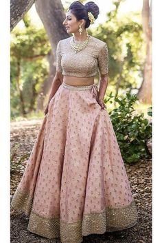 Kinas Designer Represent this Beautiful Designer Bridal Lehenga Choli in 2019 Designer Bridal Lehenga, Indian Bridal Lehenga, Indian Bridal Outfits, Indian Designer Outfits, Designer Dresses, Pink Bridal Lehenga, Pakistani Bridal, Latest Wedding Dresses Indian, Baby Pink Saree