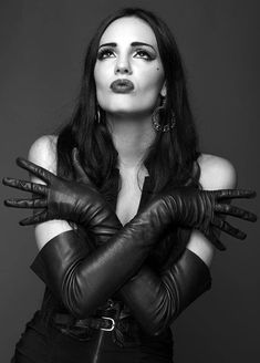 Hello :) How are you? Love from Mark Shavick Black Leather Gloves, Leather Accessories, Elegant Gloves, Gloves Fashion, Women's Fashion, Cuir Vintage, Long Gloves, Black Lingerie, Catsuit