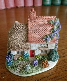 Lilliput Lane Cottage - Finders keepers